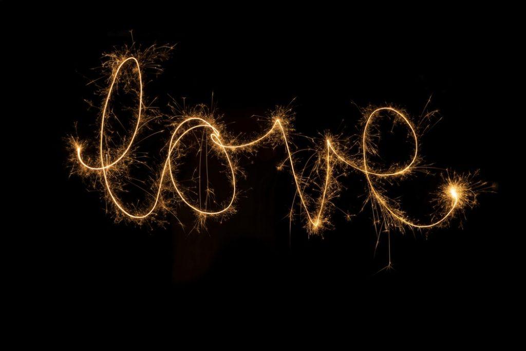happiness-in-love-true-love-exist